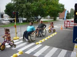 Kresz-suli nap fogyatékkal élő közlekedőkkel 2.Kép