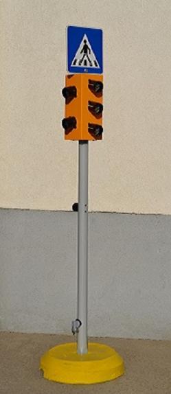 Kid - oktató jelzőlámpa forgalomirányító berendezés 2.Kép