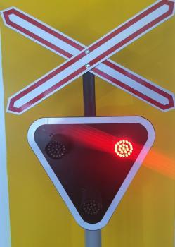 Kid Vasúti biztosítóberendezés oktató forgalomirányító készülék 1.Kép